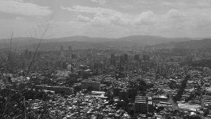 Caracas me caigo pero no me rompo